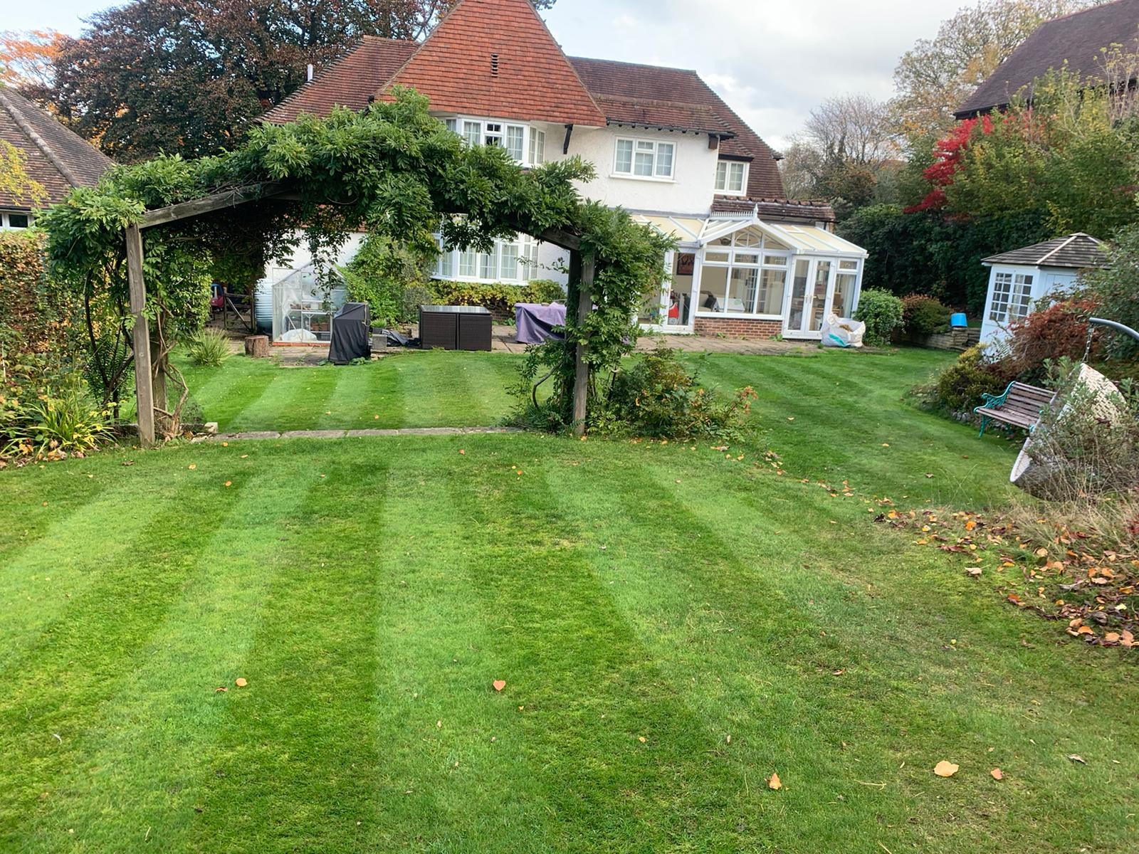 Lawn mowing Reigate
